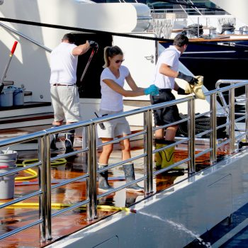 A day in the life of a deckhand